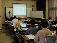 パソコンを使用した耐震診断の実習